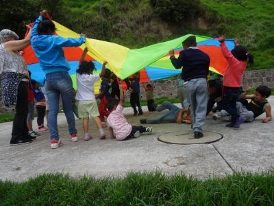 Grupos de contención en los barrios de acción